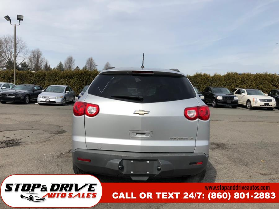2011 Chevrolet Traverse FWD 4dr LS, available for sale in East Windsor, Connecticut | Stop & Drive Auto Sales. East Windsor, Connecticut