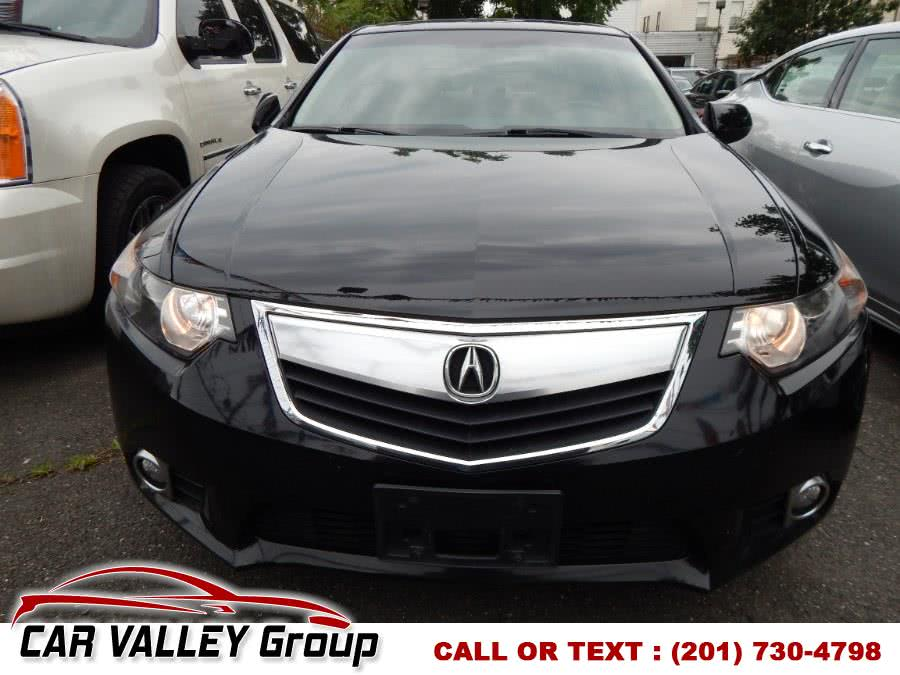 Used 2013 Acura TSX in Jersey City, New Jersey | Car Valley Group. Jersey City, New Jersey