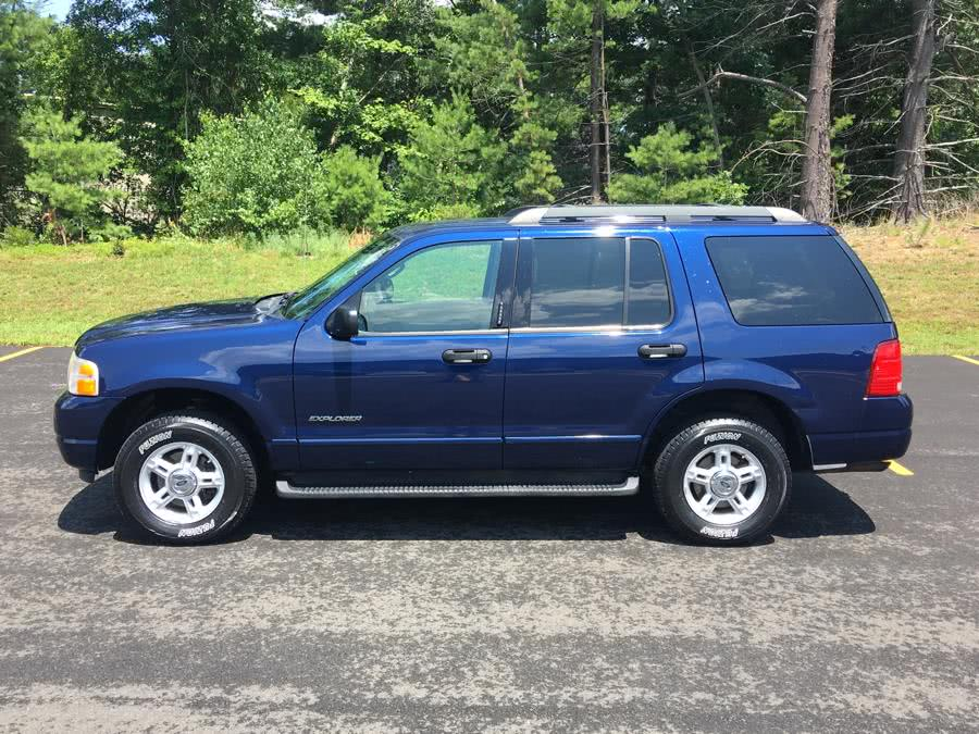 Used 2005 Ford Explorer in Plainville, Connecticut | Farmington Auto Park LLC. Plainville, Connecticut