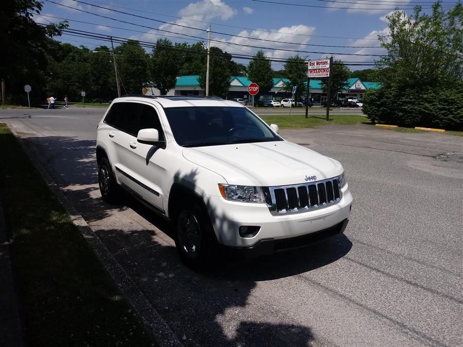 2011 Jeep Grand Cherokee 4WD 4dr Laredo, available for sale in Shirley, New York   Roe Motors Ltd. Shirley, New York