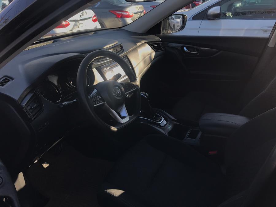 Used Nissan Rogue AWD SV 2017 | NYC Automart Inc. Brooklyn, New York