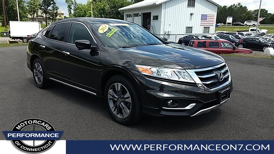 2014 Honda Crosstour 4WD V6 5dr EX-L, available for sale in Wilton, Connecticut | Performance Motor Cars. Wilton, Connecticut