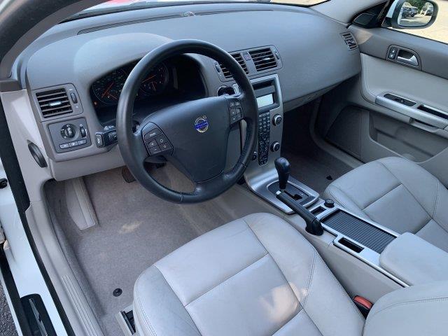 2009 Volvo S40 2.4L w/Sunroof, available for sale in Cincinnati, Ohio | Luxury Motor Car Company. Cincinnati, Ohio