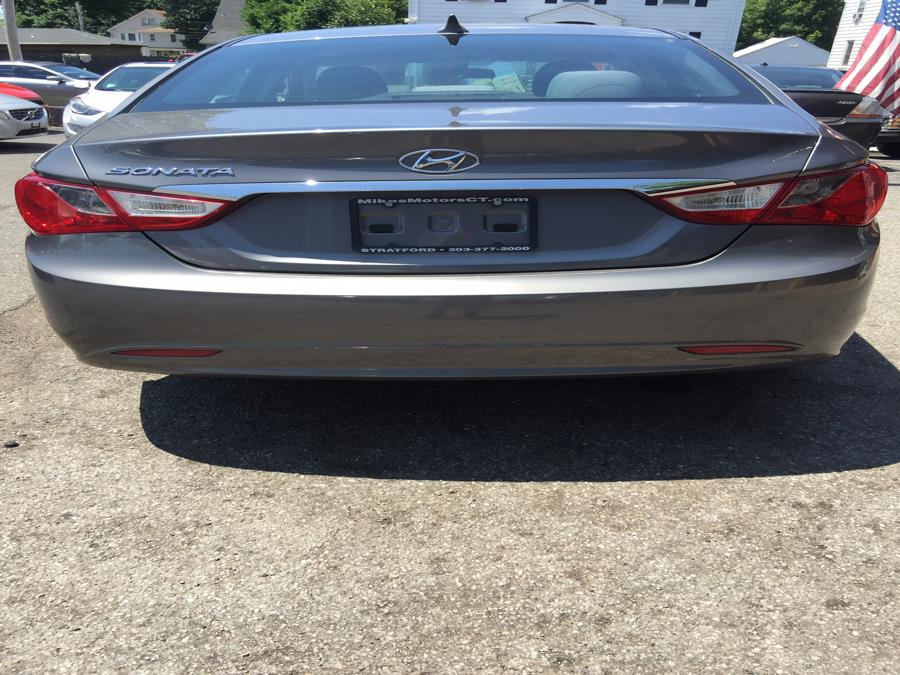 2011 Hyundai Sonata 4dr Sdn 2.4L Auto GLS *Ltd Avail*, available for sale in Stratford, Connecticut | Mike's Motors LLC. Stratford, Connecticut