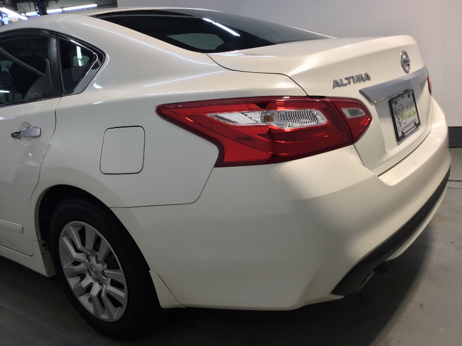 2016 Nissan Altima 4dr Sdn I4 2.5 SV, available for sale in Hillside, New Jersey | M Sport Motor Car. Hillside, New Jersey