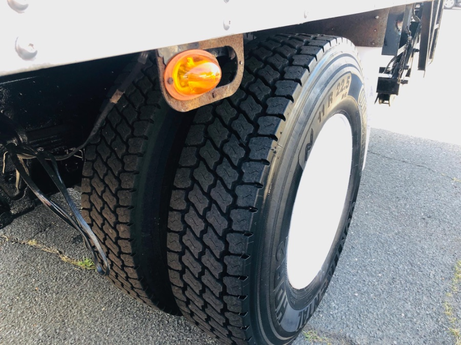 2012 HINO 268 20 FEET THERMO KING REFRIGERATED BOX + LIFT GATE, available for sale in South Amboy, New Jersey   NJ Truck Spot. South Amboy, New Jersey