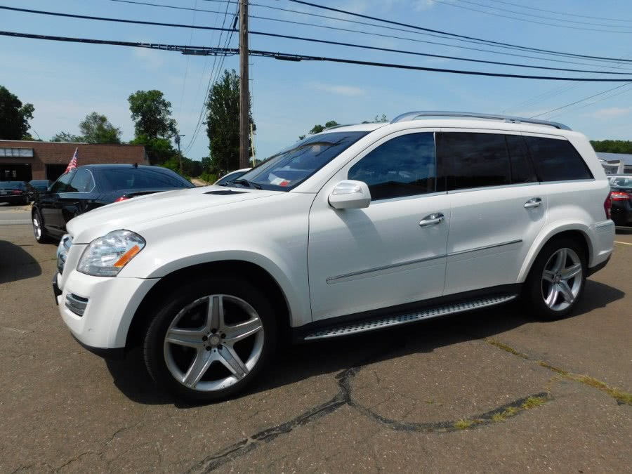 Used 2010 Mercedes-Benz GL-Class in Clinton, Connecticut | M&M Motors International. Clinton, Connecticut