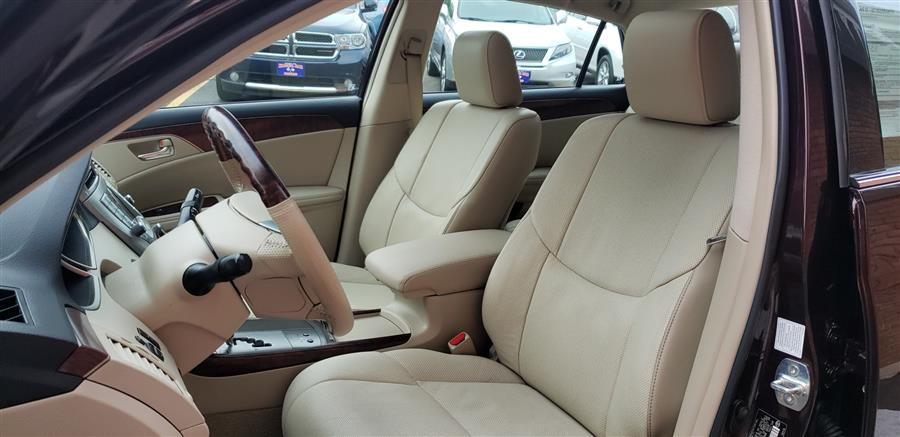 2011 Toyota Avalon 4dr Sdn Limited, available for sale in Waterbury, Connecticut | National Auto Brokers, Inc.. Waterbury, Connecticut