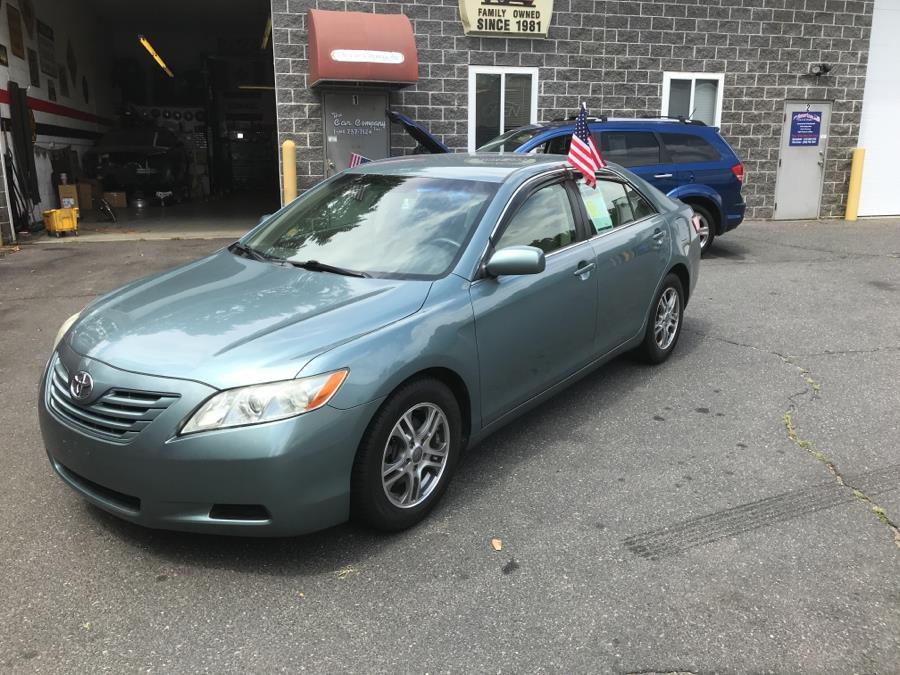 2009 Toyota Camry 4dr Sdn I4 Auto LE (Natl), available for sale in Springfield, Massachusetts | The Car Company. Springfield, Massachusetts
