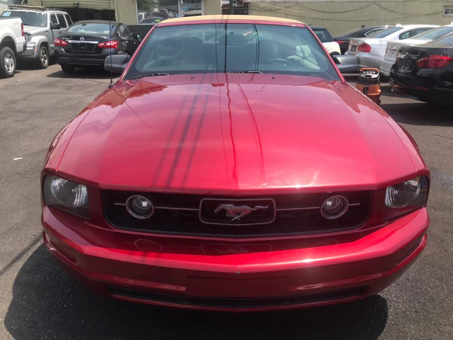 2006 Ford Mustang 2dr Conv Deluxe, available for sale in Jamaica, New York | Sunrise Autoland. Jamaica, New York