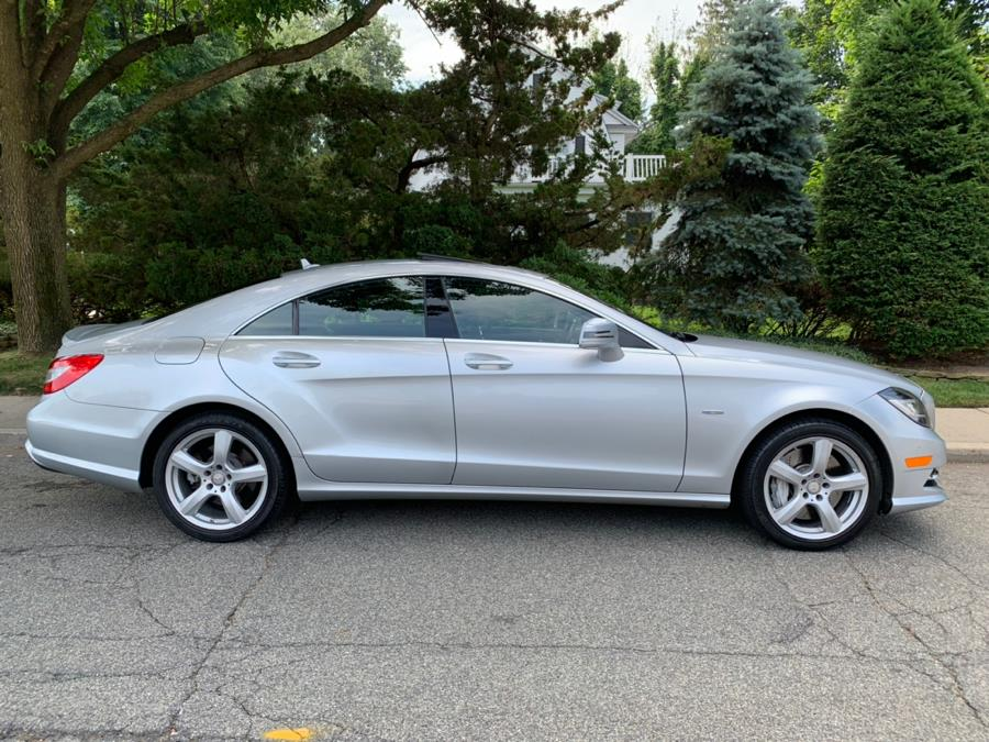 2012 Mercedes-Benz CLS-Class 4dr Sdn CLS550 4MATIC, available for sale in Franklin Square, New York | Luxury Motor Club. Franklin Square, New York