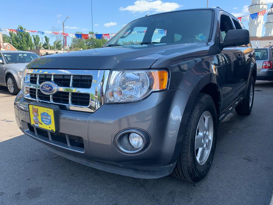 2011 Ford Escape 4WD 4dr XLT, available for sale in Hartford, Connecticut | Mecca Auto LLC. Hartford, Connecticut