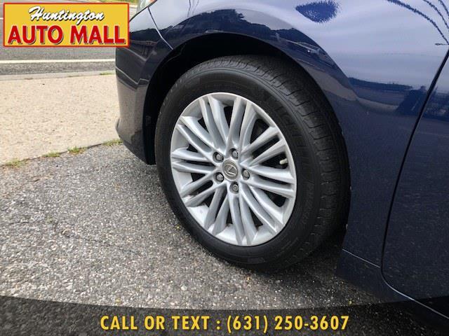 2013 Lexus ES 350 4dr Sdn, available for sale in Huntington Station, New York | Huntington Auto Mall. Huntington Station, New York
