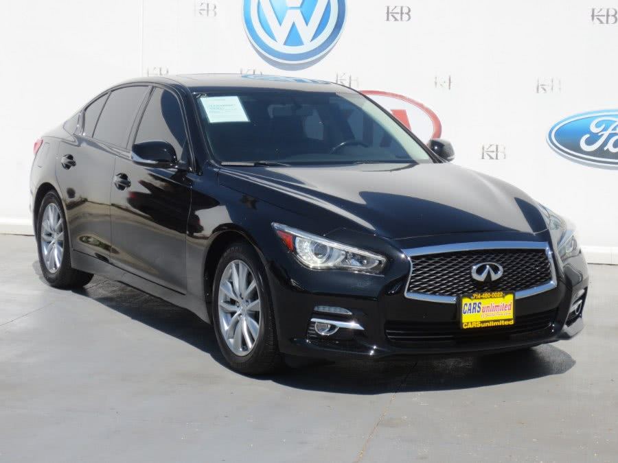 Used 2015 Infiniti Q50 in Santa Ana, California | Auto Max Of Santa Ana. Santa Ana, California