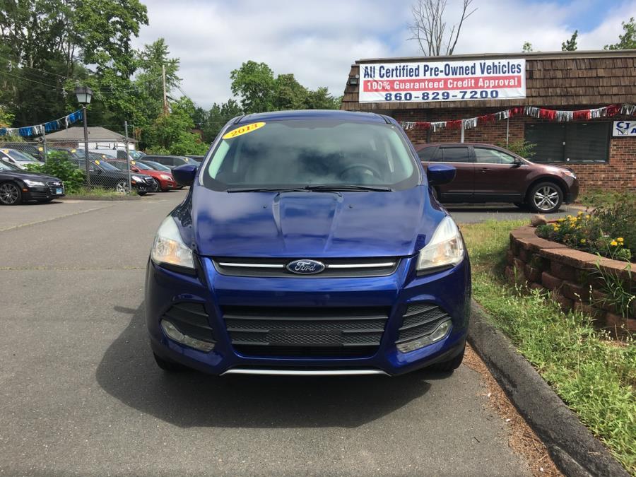2013 Ford Escape 4WD 4dr SE, available for sale in Bristol , Connecticut | CJ Auto Mall. Bristol , Connecticut