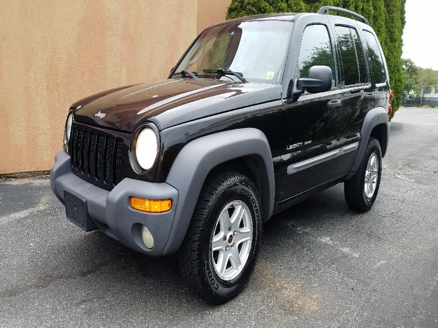Used 2003 Jeep Liberty in Hicksville, New York | Ultimate Auto Sales. Hicksville, New York