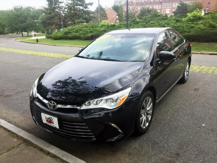 Used 2016 Toyota Camry in Chelsea, Massachusetts | New Star Motors. Chelsea, Massachusetts