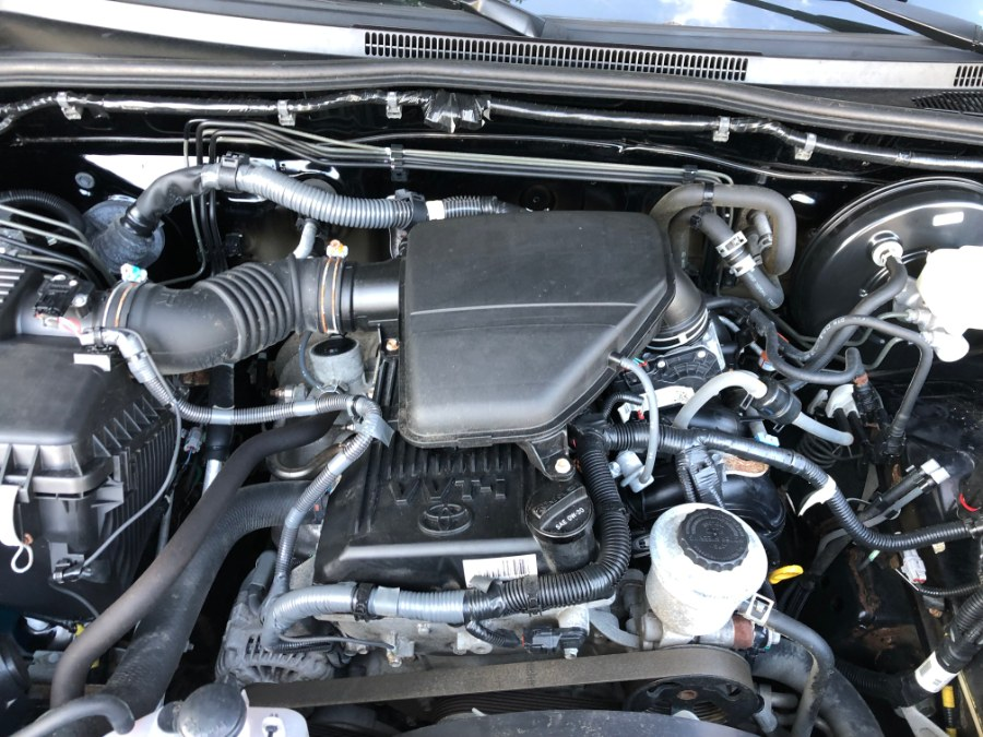 2014 Toyota Tacoma Base Reg Cab 4x4 Clean, available for sale in Chelsea, Massachusetts | Boston Prime Cars Inc. Chelsea, Massachusetts