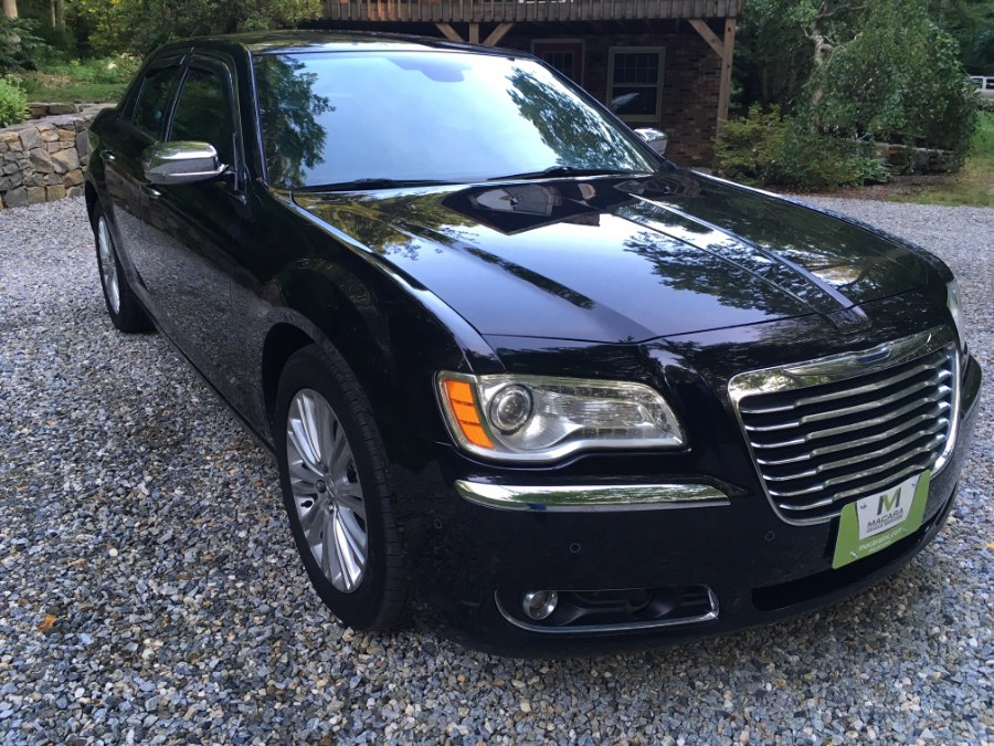 2013 Chrysler 300 4dr Sdn 300C AWD, available for sale in Norwich, Connecticut | MACARA Vehicle Services, Inc. Norwich, Connecticut