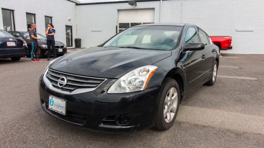 2010 Nissan Altima 4dr Sdn I4 CVT 2.5 S, available for sale in Medford, Massachusetts | Inman Motors Sales. Medford, Massachusetts