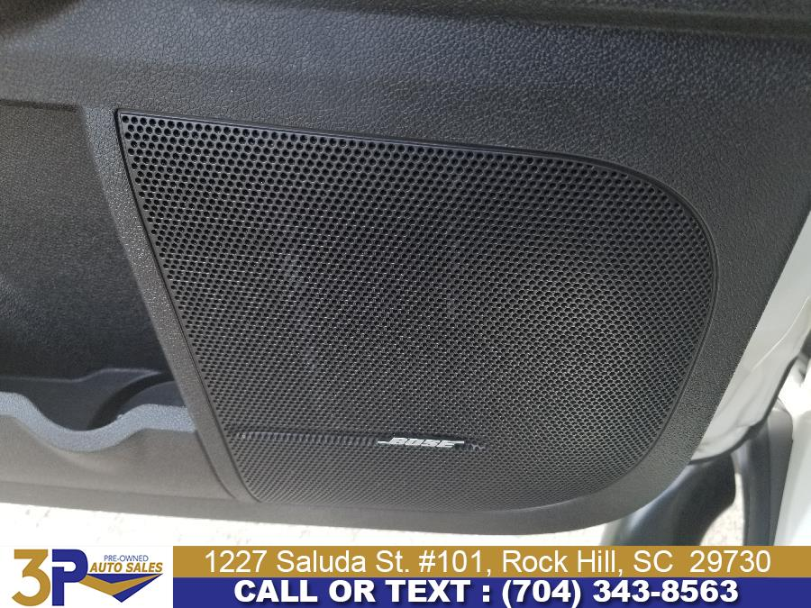 2011 Chevrolet Traverse FWD 4dr LTZ, available for sale in Rock Hill, South Carolina | 3 Points Auto Sales. Rock Hill, South Carolina
