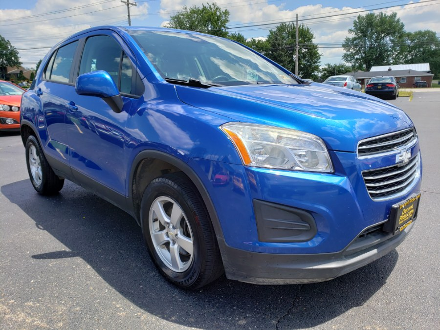 2015 Chevrolet Trax AWD 4dr LS w/1LS, available for sale in West Chester, Ohio | Decent Ride.com. West Chester, Ohio
