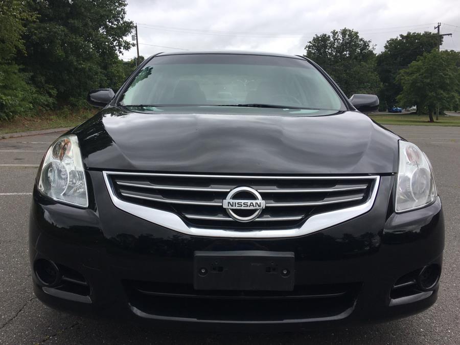 Used Nissan Altima 4dr Sdn I4 CVT 2.5 S 2012 | Farmington Auto Park LLC. Plainville, Connecticut