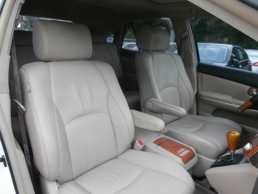 2006 Lexus RX 400h 4dr Hybrid SUV AWD, available for sale in Waterbury, Connecticut | Jim Juliani Motors. Waterbury, Connecticut
