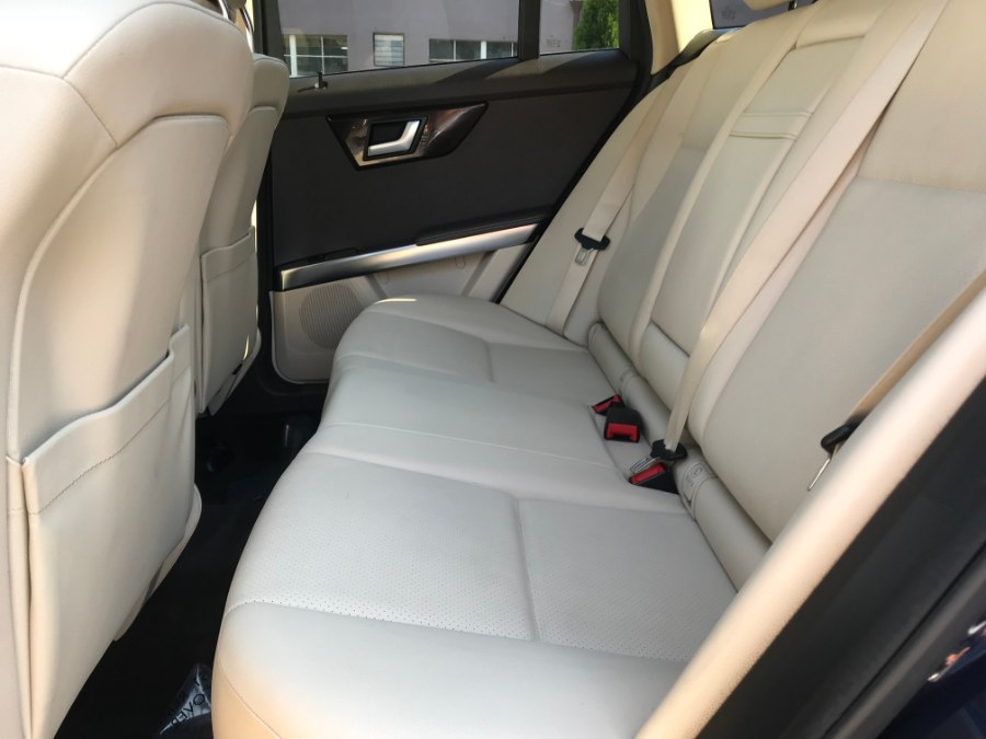 2013 Mercedes-Benz GLK-Class 4MATIC 4dr GLK350, available for sale in Lyndhurst, New Jersey | Cars With Deals. Lyndhurst, New Jersey