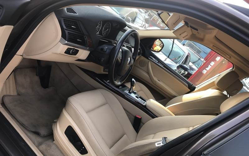 2013 BMW X5 AWD 4dr xDrive35i Premium, available for sale in Hollis, New York | Authentic Autos LLC. Hollis, New York