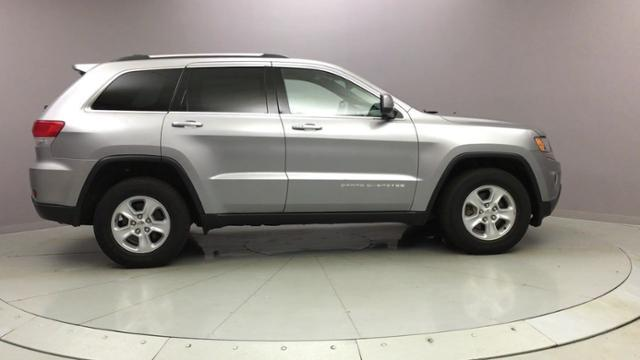2015 Jeep Grand Cherokee 4WD 4dr Laredo, available for sale in Naugatuck, Connecticut | J&M Automotive Sls&Svc LLC. Naugatuck, Connecticut