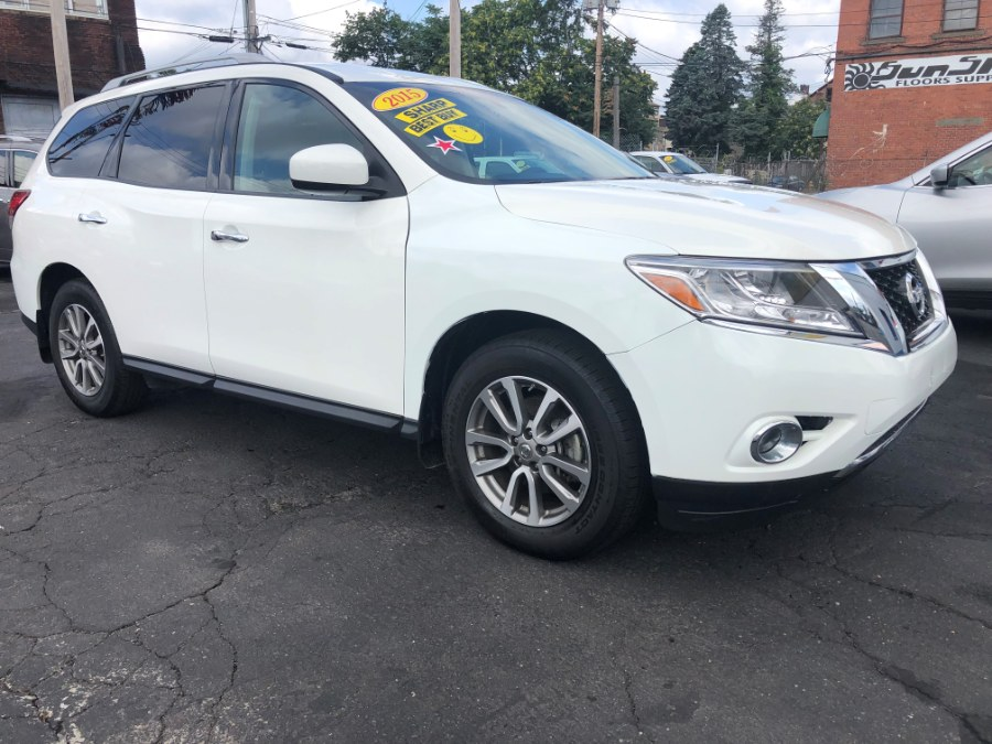 2015 Nissan Pathfinder 4WD 4dr SL, available for sale in Bridgeport, Connecticut | Affordable Motors Inc. Bridgeport, Connecticut