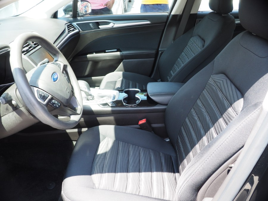 2016 Ford Fusion 4dr Sdn SE FWD, available for sale in Jamaica, New York | Hillside Auto Mall Inc.. Jamaica, New York