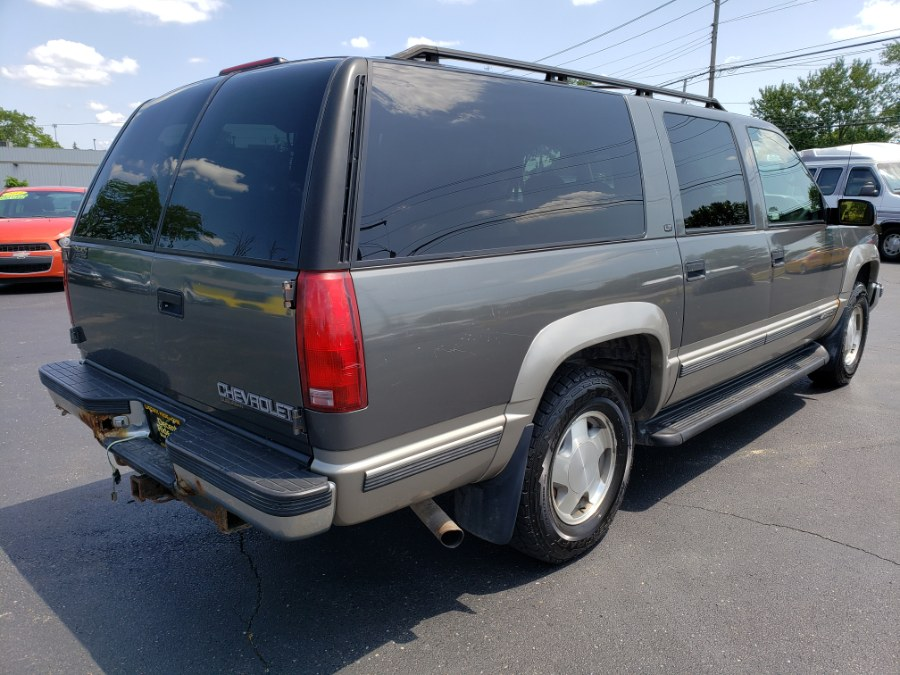 1999 Chevrolet Suburban 1500 4WD, available for sale in West Chester, Ohio | Decent Ride.com. West Chester, Ohio