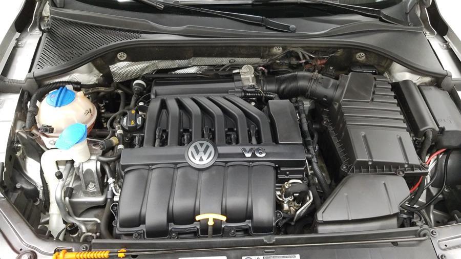 2013 Volkswagen Passat 4dr Sdn 3.6L V6 DSG SEL Premium, available for sale in West Haven, CT