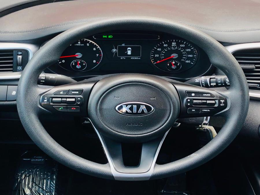 2016 Kia Sorento AWD 4dr 2.4L LX, available for sale in Revere, Massachusetts | Sena Motors Inc. Revere, Massachusetts