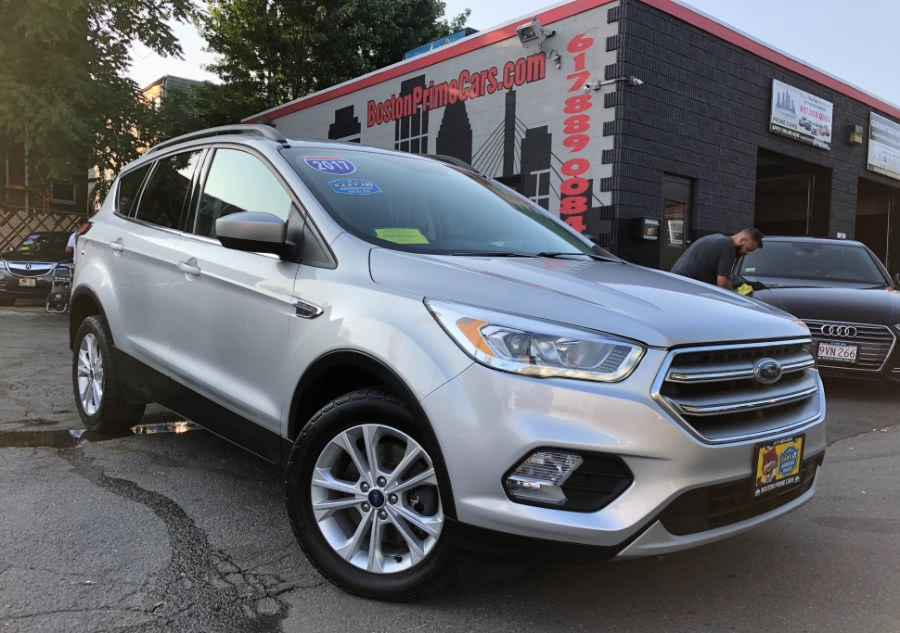 Used Ford Escape 4WD NAVIGATION / BACKUP CAMERA 2017 | Boston Prime Cars Inc. Chelsea, Massachusetts