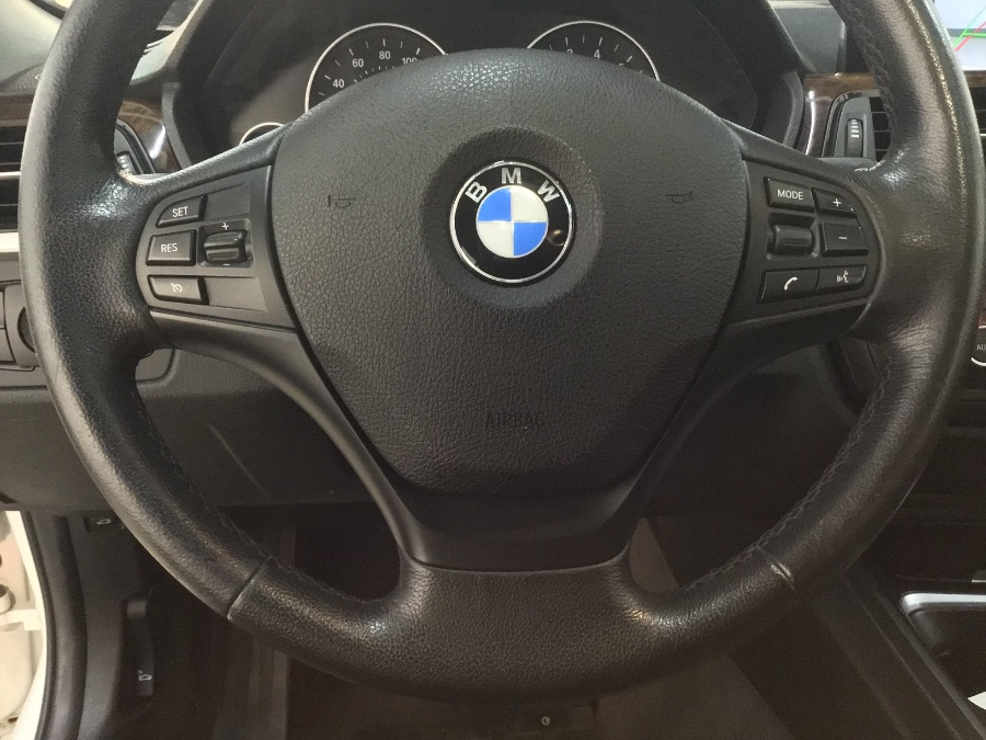 2015 BMW 3 Series 4dr Sdn 320i xDrive AWD South Africa, available for sale in Lodi, New Jersey | European Auto Expo. Lodi, New Jersey