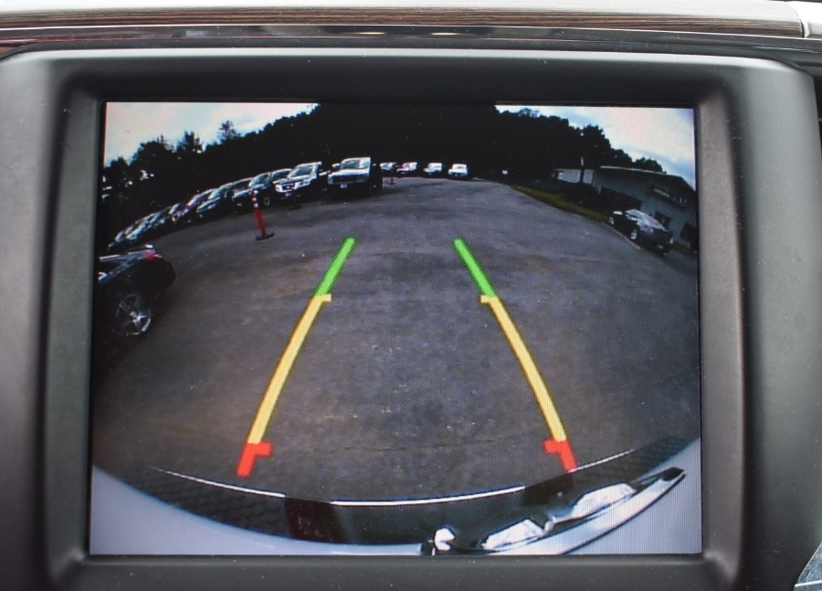 2016 Ram 1500 4WD Crew Cab 140.5