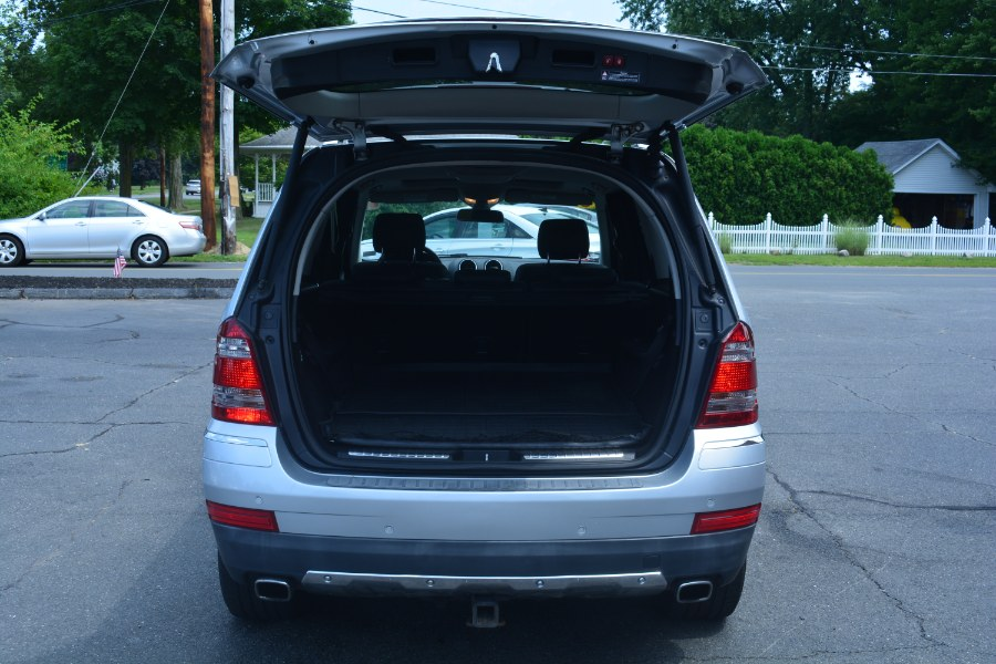 2009 Mercedes-Benz GL-Class 4MATIC 4dr 4.6L, available for sale in ENFIELD, Connecticut | Longmeadow Motor Cars. ENFIELD, Connecticut