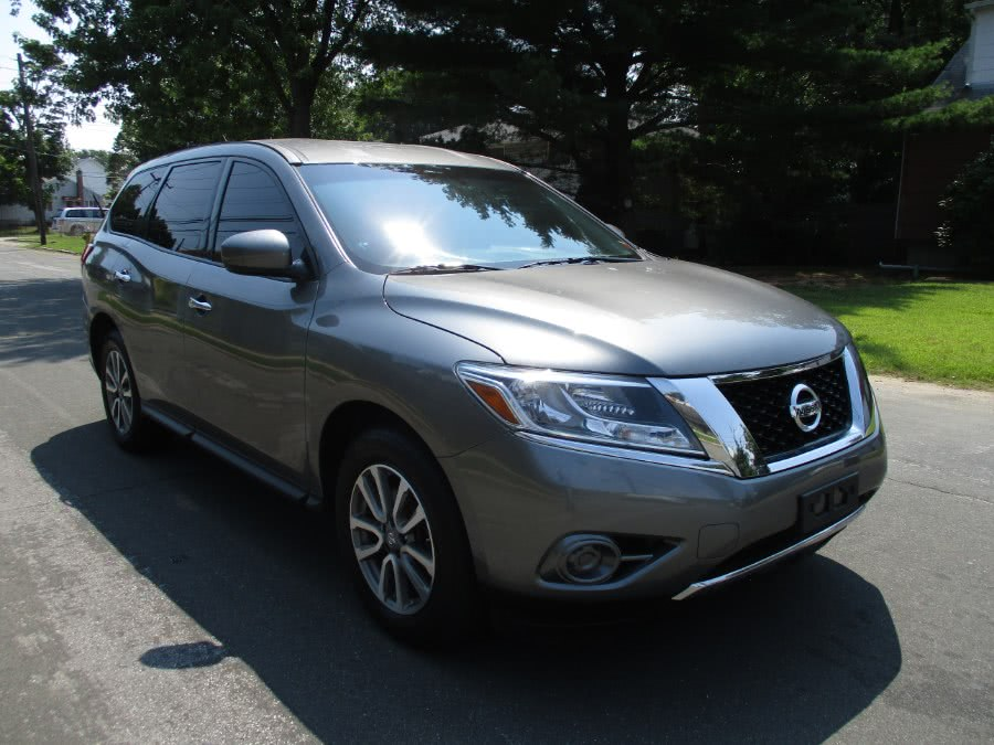 Used 2015 Nissan Pathfinder in West Babylon, New York | New Gen Auto Group . West Babylon, New York