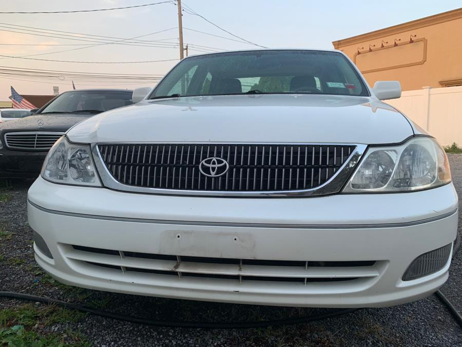 Used Toyota Avalon 4dr Sdn XLS w/Bucket Seats 2000 | Great Buy Auto Sales. Copiague, New York