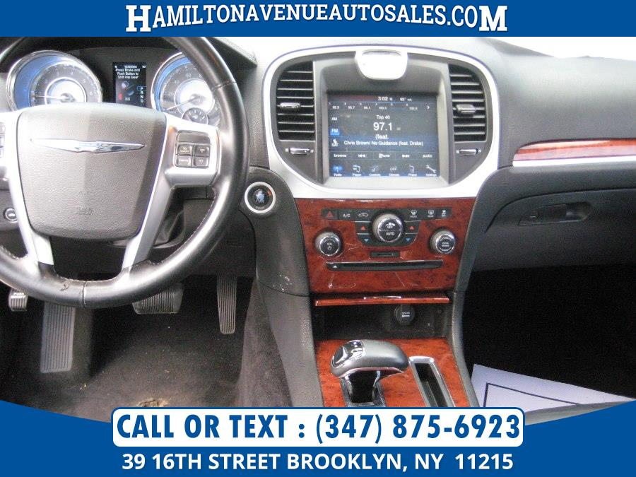 2013 Chrysler 300 V6, available for sale in Brooklyn, New York | Hamilton Avenue Auto Sales DBA Nyautoauction.com. Brooklyn, New York