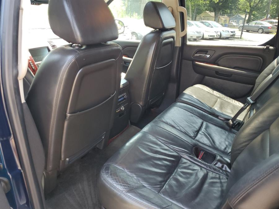2008 Cadillac Escalade ESV AWD 4dr, available for sale in Springfield, Massachusetts | Absolute Motors Inc. Springfield, Massachusetts