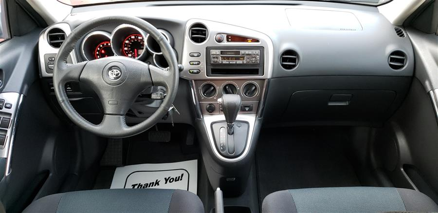 2005 Toyota Matrix 5dr Wgn XR Auto, available for sale in Waterbury, Connecticut | National Auto Brokers, Inc.. Waterbury, Connecticut