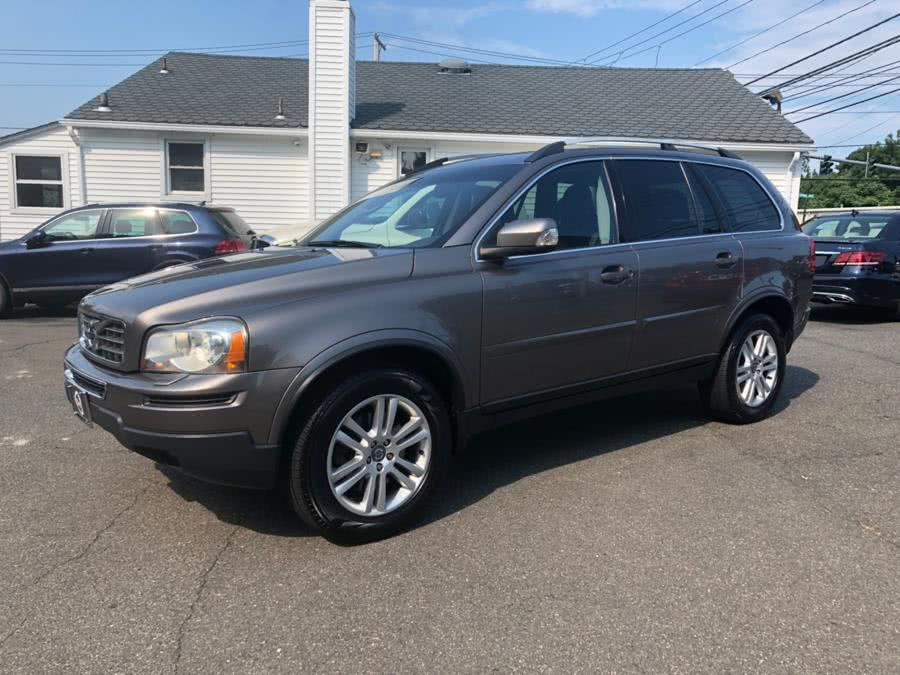 Used 2012 Volvo XC90 in Milford, Connecticut | Chip's Auto Sales Inc. Milford, Connecticut