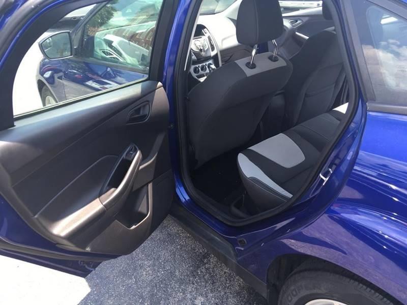 2012 Ford Focus SE 4dr Sedan, available for sale in Framingham, Massachusetts | Mass Auto Exchange. Framingham, Massachusetts