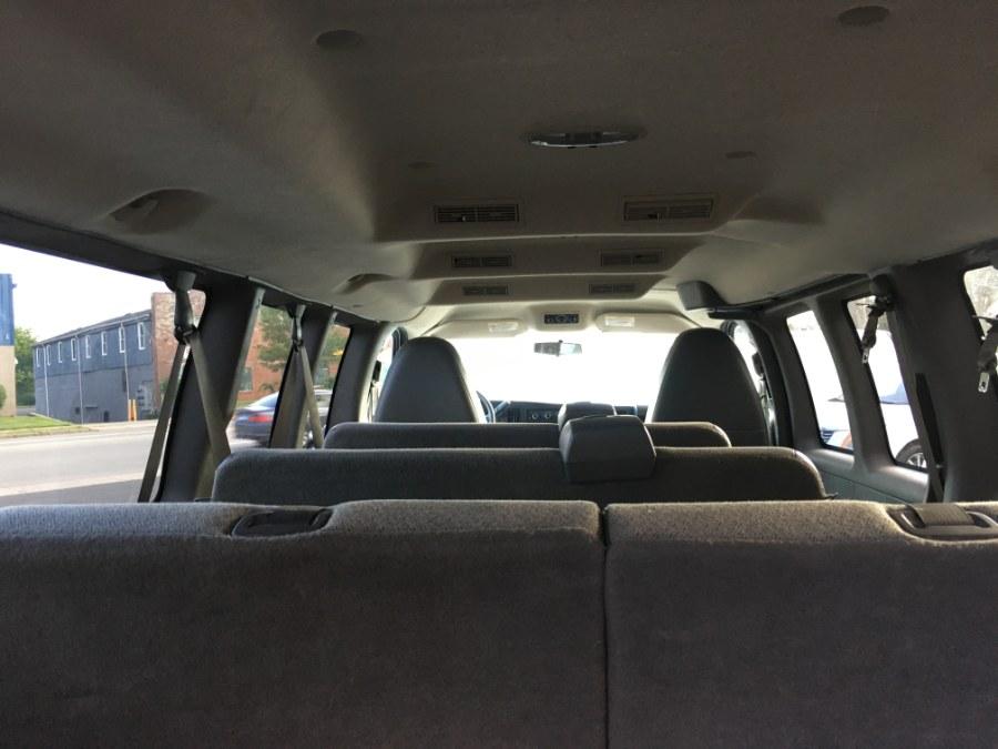 2010 Chevrolet Express Passenger RWD 3500 155