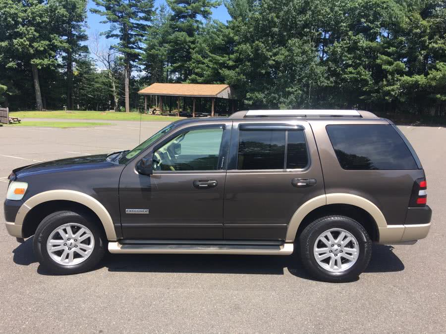 Used 2006 Ford Explorer in Plainville, Connecticut | Farmington Auto Park LLC. Plainville, Connecticut