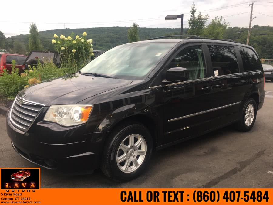 Used 2010 Chrysler Town & Country in Canton, Connecticut | Lava Motors. Canton, Connecticut